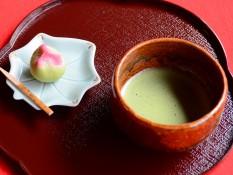 季節の和菓子付き抹茶